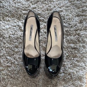 BRIAN ATWOOD BLACK PATENT LEATHER ALESHA PUMP
